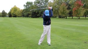 golf head down - how to learn to swing a golf club - One Stroke Golf
